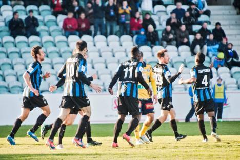 Los jugadores de Inter celebran con Lehtonen el 2-2 | Foto: Turun Sanomat / www.ts.fi