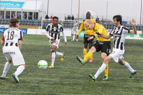 Venäläinen marcando uno de los tres tantos que le hizo a TPS | Foto: Turun Sanomat / www.ts.fi